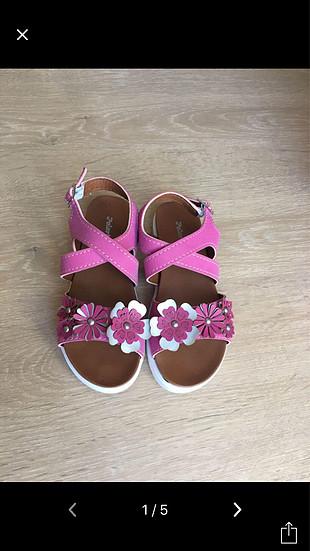 28 Beden İki ayakkabı