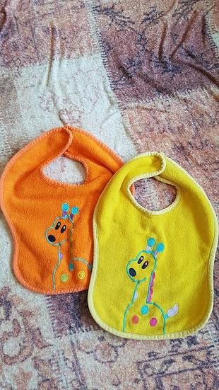 ikili bebek önlüğü