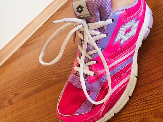 39 Beden Spor ayakkabı