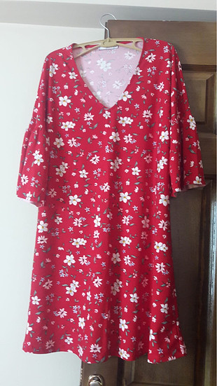 Mango çiçek desenli kısa elbise