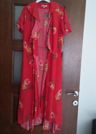 Koton kırmızı çiçekli elbise
