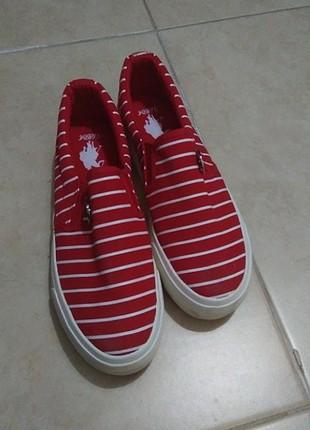 U.s Polo kırmızı çizgili ayakkabi