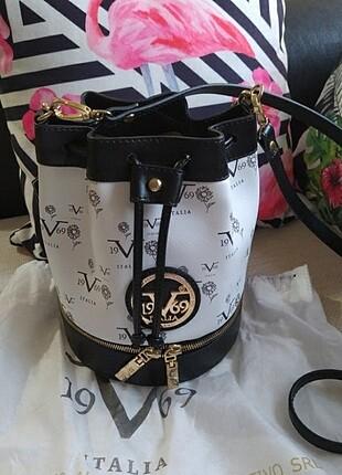19v69 Versace askili çanta