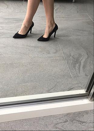 38 Beden siyah Renk siyah deri stiletto zara 38 numara