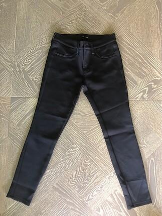 J brand siyah dar pantolon