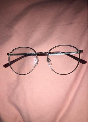 Optik gözlükkk
