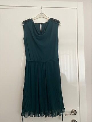 Haki yeşil abiye elbise