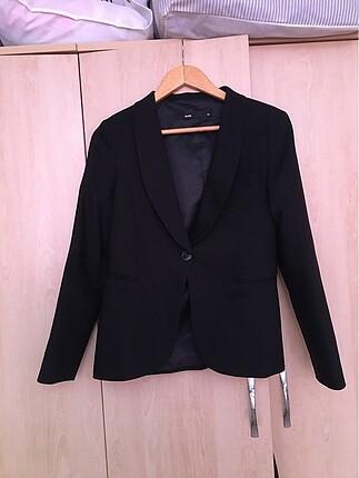 Batik Marka Siyah Ceket