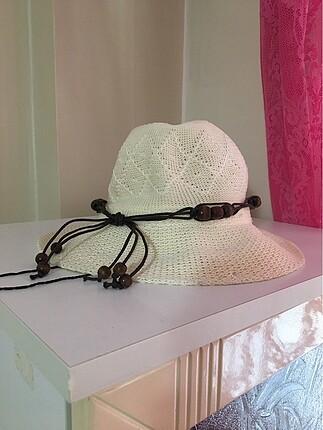 Boncuklu Şapka