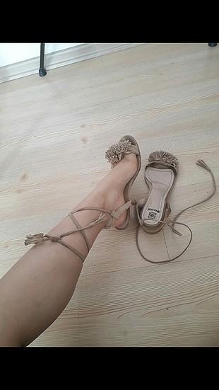 sandalettt..
