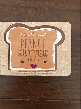 Too Faced Peanut Butter And Jelly Palet
