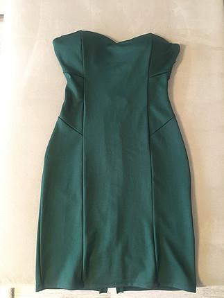 Çok şık straplez Zümrüt yeşili elbise