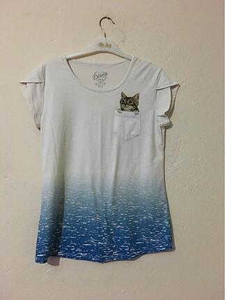 Kedi detaylı tshirt
