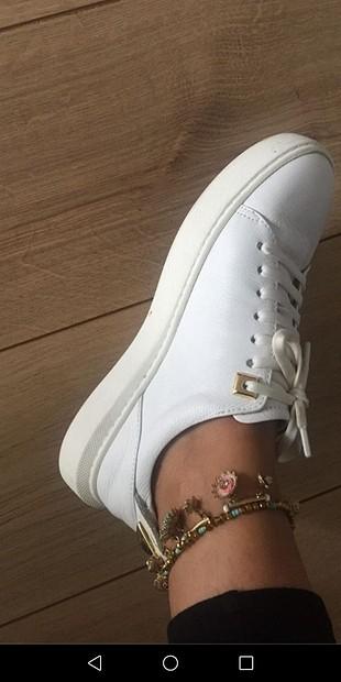 deri şık spor ayakkabı
