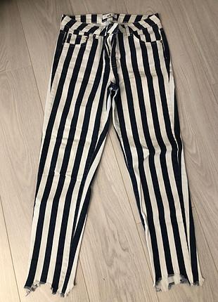 m Beden Beyaz çizgili pantolon