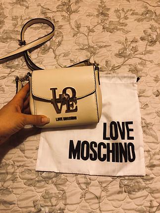 Love Moschino Love moschino canta