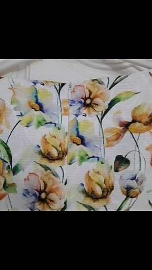 36 Beden çeşitli Renk çiçekli elbise