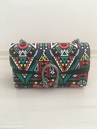 Renkli çanta
