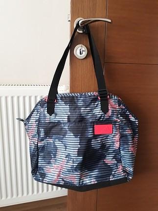 spor yan çanta