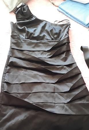50d306d7a02c3 Saten Mini Gece Elbisesi Adl Kısa Abiye %87 İndirimli - Gardrops