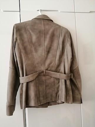 Derimod Derimod bej rengi sıfır ayarında belden kemerli ceket