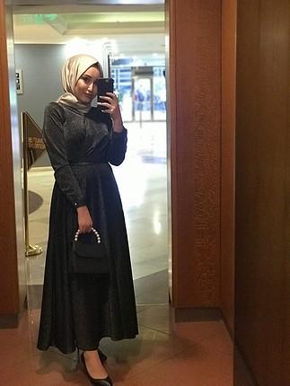 38 Beden Siyah simli tesettür elbise