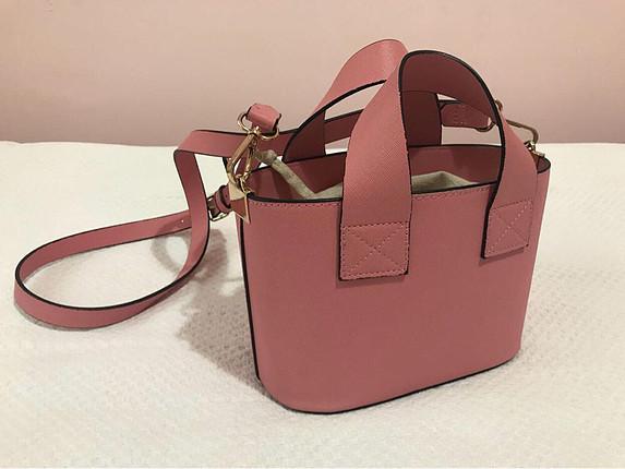 Zara Zara pembe askılı çanta