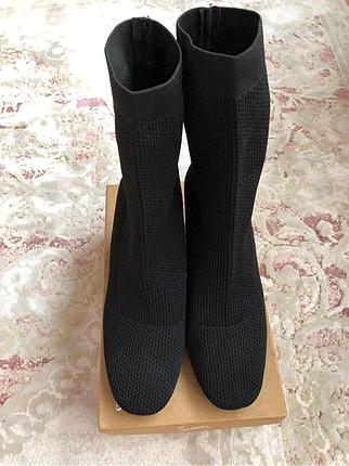 39 Beden siyah Renk Zara çorap çizme
