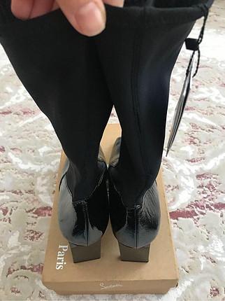 38 Beden Zara etiketli deri çizme