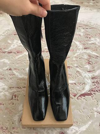 38 Beden siyah Renk Zara etiketli deri çizme