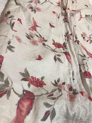 l Beden Parlak kumaştan kimono