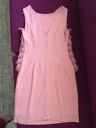 Buse terim imzalı elbise
