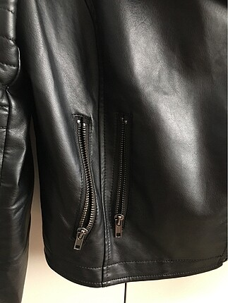 36 Beden siyah Renk Deri ceket