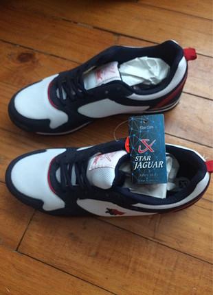 42 yazlık spor ayakkabı