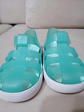 Igor 24 numara sandalet