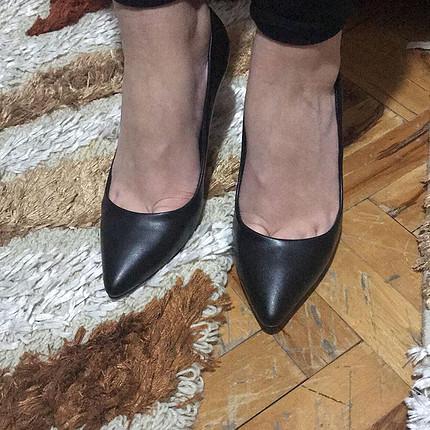 Pelinin Ayakkabıları İnce Topuk