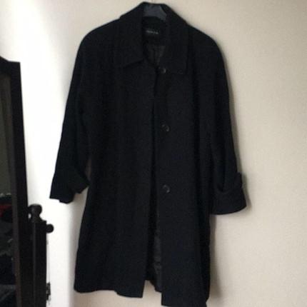 Siyah kaşe palto