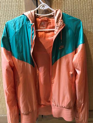 s Beden Orjinal Nike yağmurluk