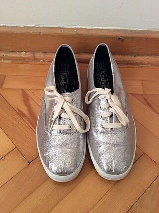 Metalik Keds Ayakkabı