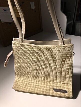 Beden kol çantası