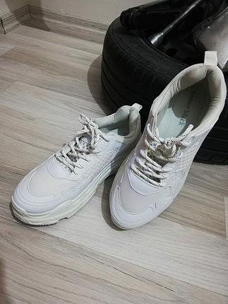 erkek beyaz spor ayakkabı