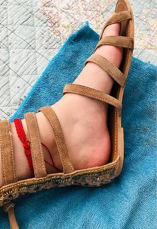 40 Beden taba Renk P&B pull and bear sandalet taşlı işlemeli