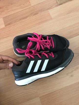 Orjinal Adidas spor ayakkabı