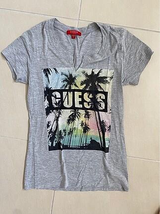 Guess Gri Tshirt