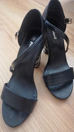 Topuklu ayakkabı polaris