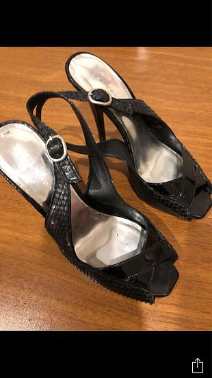 Barbara Bui yilan derisi 38 numara cok temiz ve sik ayakkabi