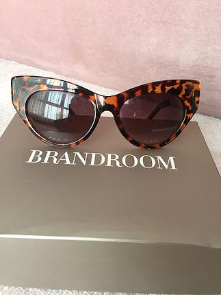 Mango leopar güneş gözlüğü