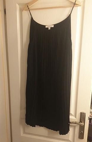 40 Beden siyah elbise