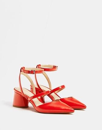 Bershka topuklu ayakkabı