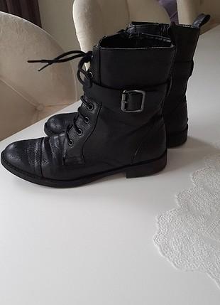 bot postal ayakkabi